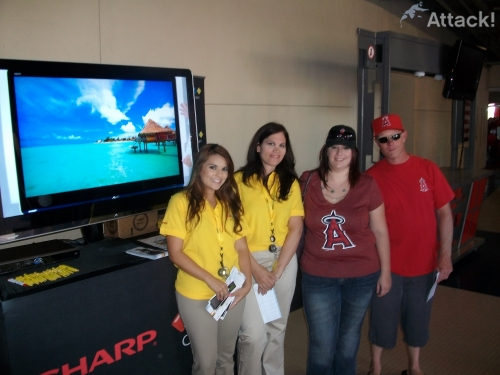 Promotional-Spokesmodels-Sharp-Baseball-Stadiums
